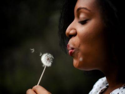50 frases de superação no amor que mostram que é melhor deixar partir