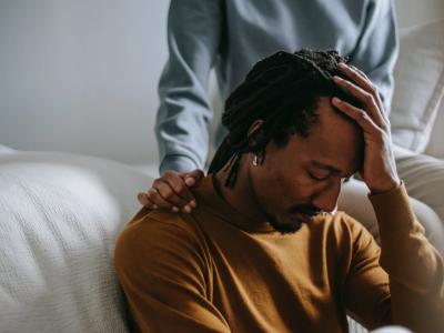 60 frases de arrependimento para namorado que pedem perdão